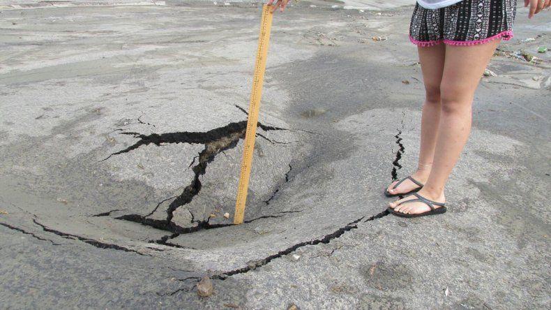 Hacía un mes que habían asfaltado el último tramo de la calle Dr. Daniel Omar Segura.