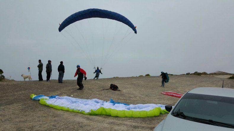 ¡Volar en parapente entre las nubes!
