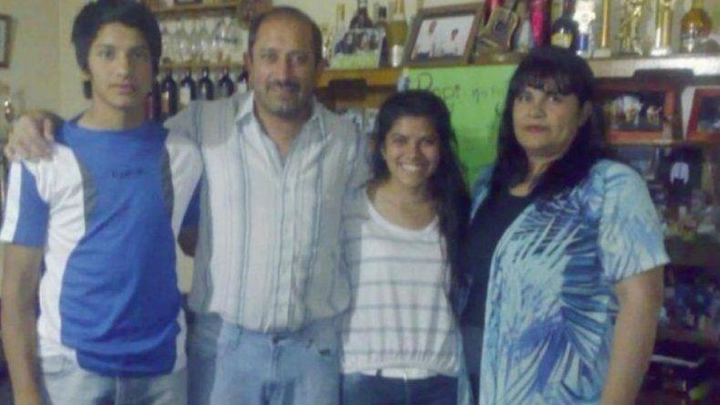 Intendente sanjuanino nombró a toda su familia en el gabinete