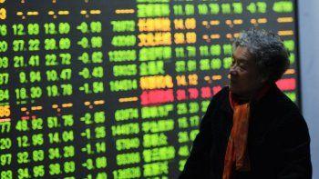 El mercado prevé dólar a $65 en diciembre e inflación de 55%