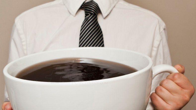 En qué momento puede  volverse peligrosa la cafeína