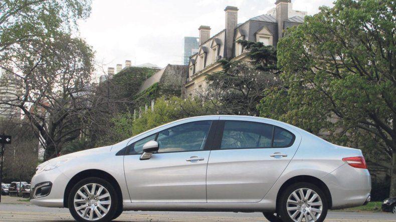 Test drive: Peugeot 408 Allure Plus MT 1.6 THP