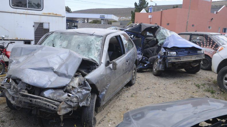 Dos hermanos perdieron la vida en la madrugada de ayer producto de un choque en la Ruta Nacional 3.