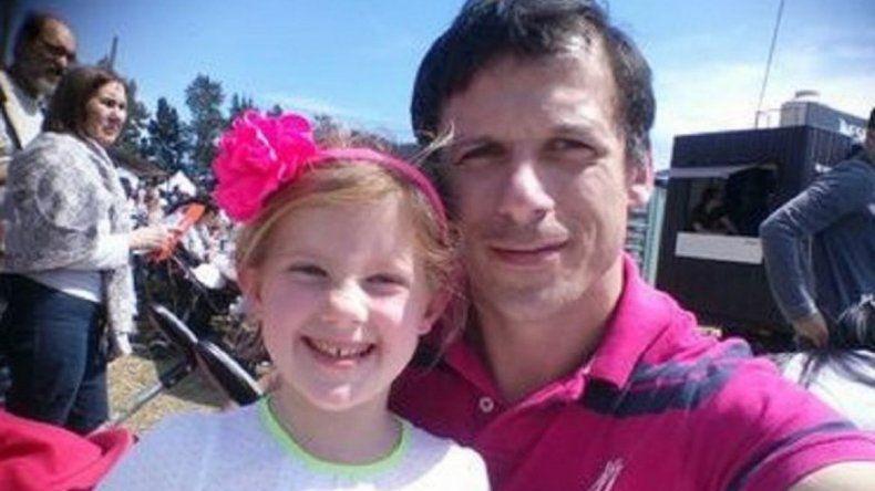 Ex Puma pide ayuda por su hija con leucemia
