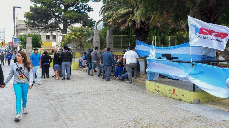 Manifestación contra los despidos en Tecpetrol