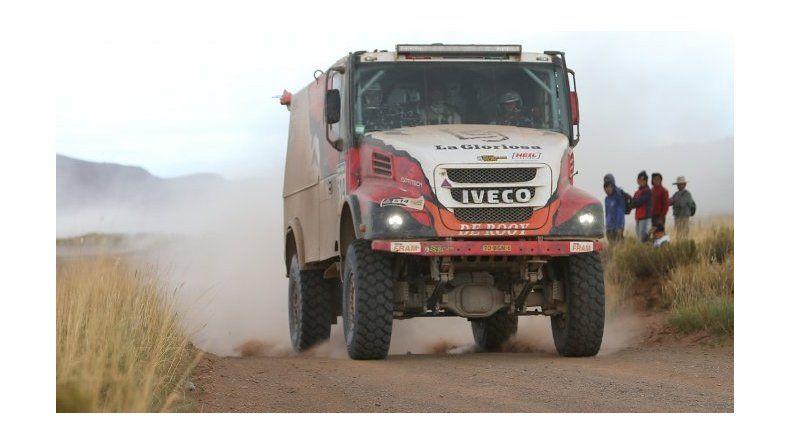 Histórico tercer puesto de Villagra entre los camiones del Dakar