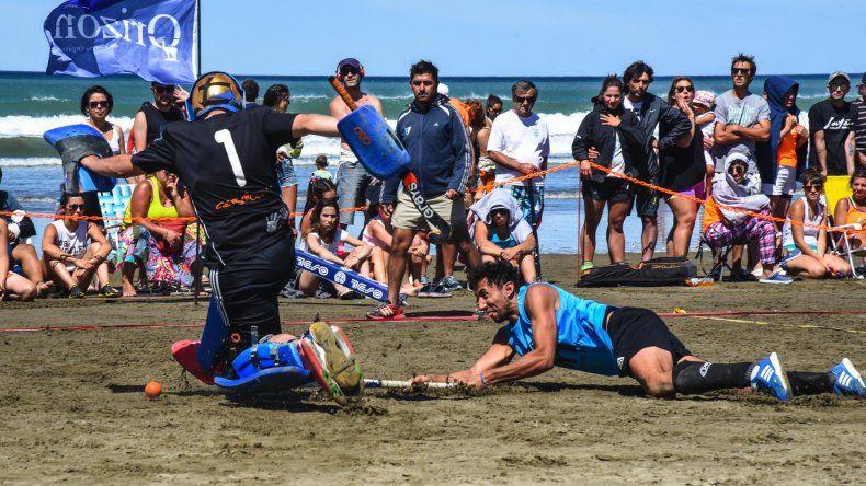 Km Running se esforzó en la arena y se consagró campeón en Primera Caballeros.