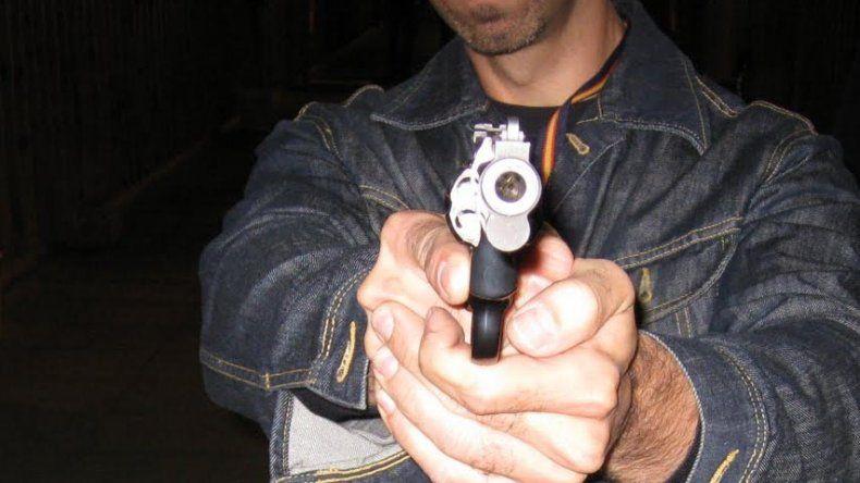 El agresor le disparó a la víctima sólo con la intención de herirlo y no de asesinarlo.