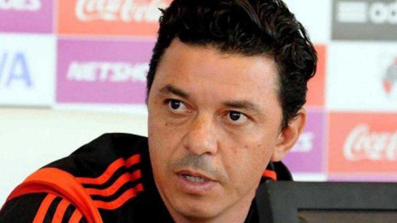 A Marcelo Gallardo le resulta incómodo jugar los partidos en medio de una pretemporada