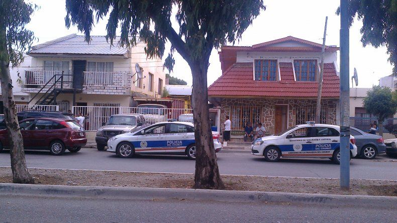 El incidente entre gitanos que terminó a los tiros ocurrió ayer en plena tarde sobre la avenida Polonia.