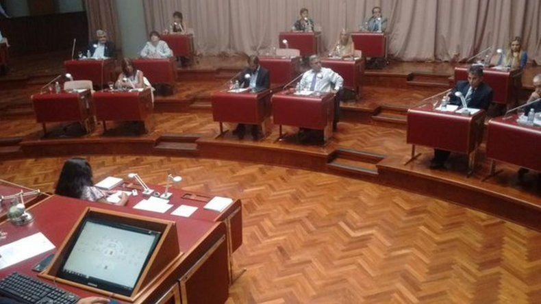 No hubo consenso en la Legislatura y se pasaron los temas a comisión