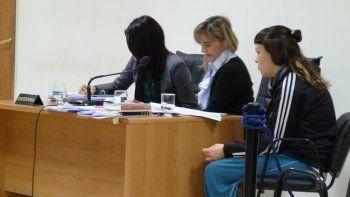 Belén Silva terminó la secundaria en prisión, obtuvo antes salidas transitorias y semi libertad para trabajar, pero no volvió más a prisión. Ahora tiene captura recomendada.