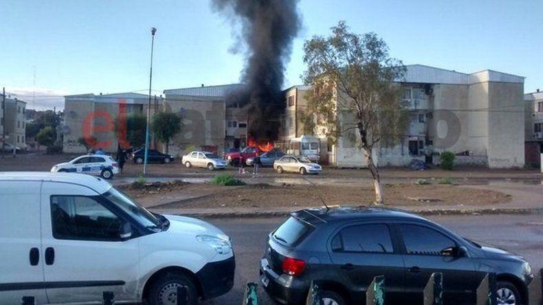 Se incendió un auto en las 1.008