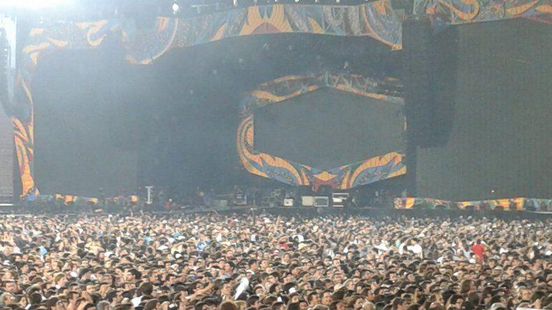 El Fan Club Patagónico The Rolling Stones en el Estadio Único de La Plata. Foto vía WhatsApp.