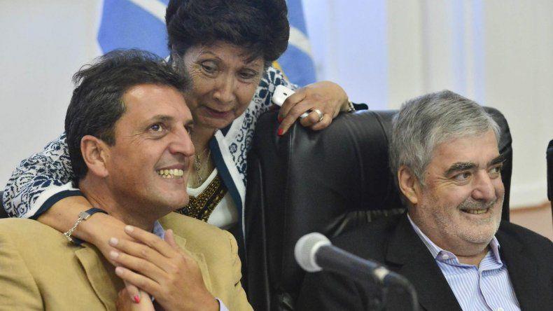Mario Das Neves junto a Sergio Massa y Nelly Lagoria.