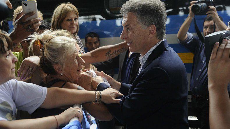 Macri participó de un acto de inauguración de obras ferroviarias.