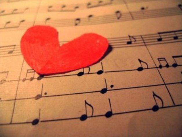 Canciones De Amor Para Bailar Bien Apretados San Valentin