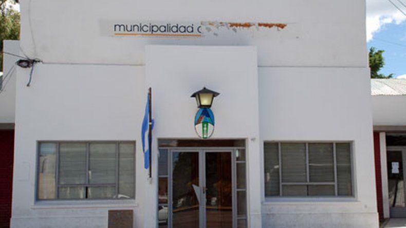 Trabajadoras de Caleta se encadenaron a la Municipalidad