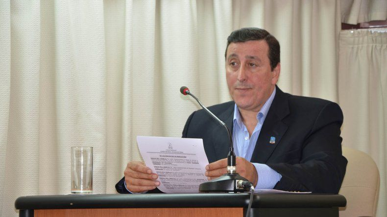 El secretario de Desarrollo Humano