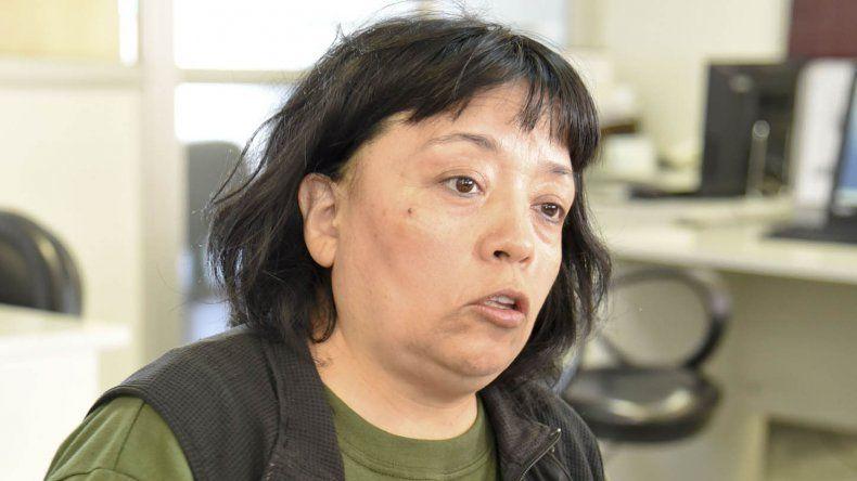 Jarieth del Carmen Mansilla denuncia problemas de convivencia con uno de sus vecinos.
