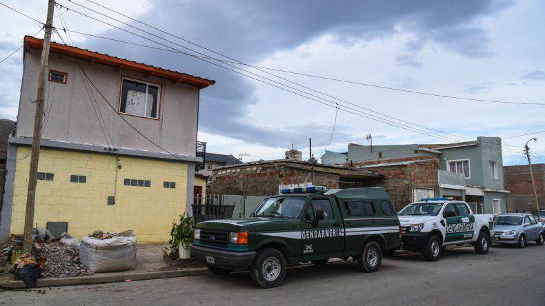 Personal de Gendarmería Nacional allanó ayer la casa de la novia de Saiegg