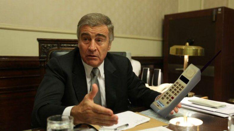 El ministro de Comunicaciones sorprendido por los avances tecnológicos