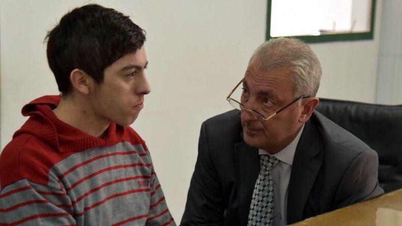 Brian Conrad confesó haber sido el autor del puntazo que terminó con la vida de Gerardo Villacorta. Es defendido por Heraldo Nanni.