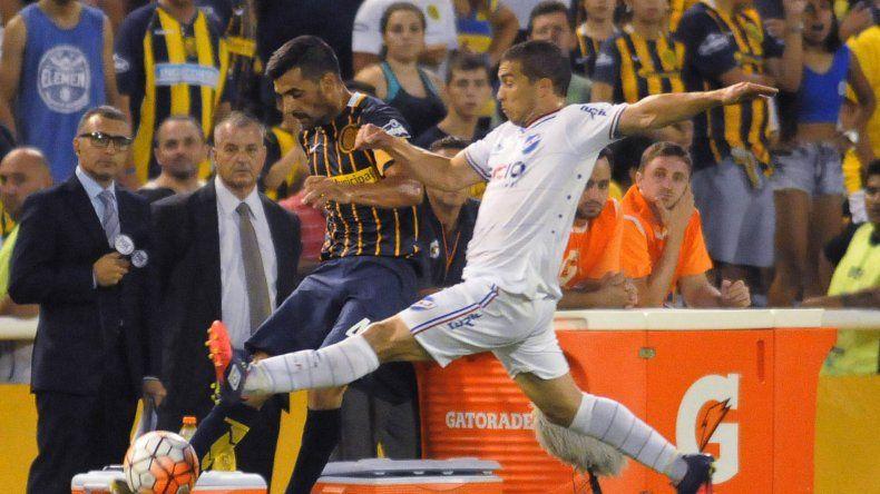 Rosario Central rescató un empate cuando el partido llegaba a su fin anoche ante Nacional en Arroyito.