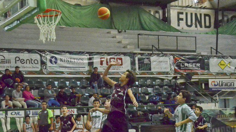 El torneo Aniversario de Comodoro  Rivadavia sigue con más partidos