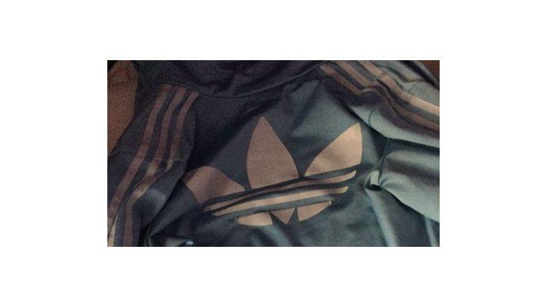¿De qué color ves esta campera?