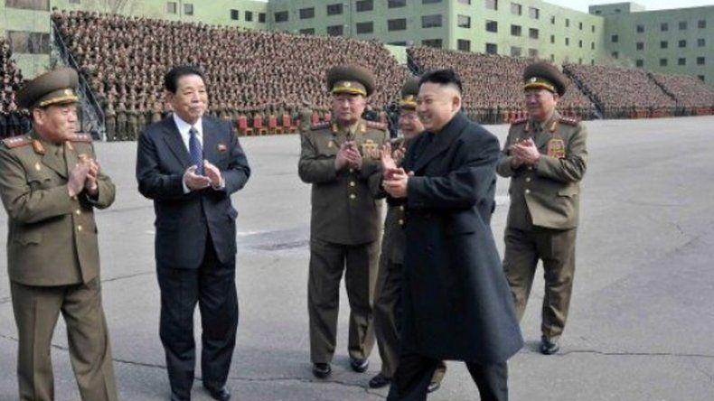 Corea del Norte provoca al mundo y dispara seis misiles.