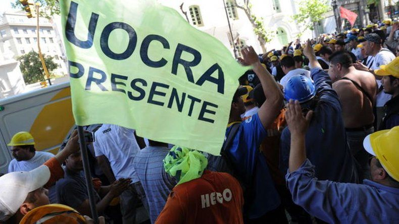 Sarmiento, Camarones y Río Mayo se suman a la marcha de la UOCRA