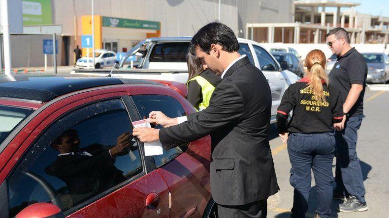 La inspección consiste en ingresar a las playas de estacionamiento