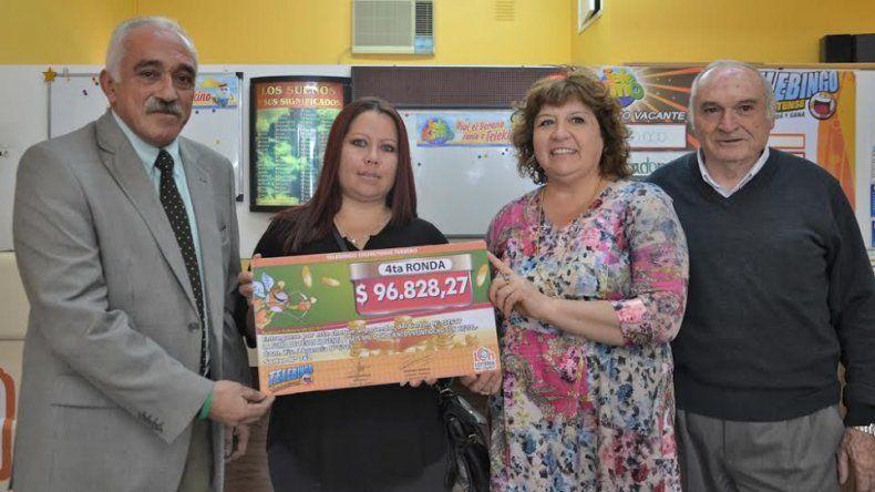 Una comodorense ganó mas de $96 mil en el Telebingo