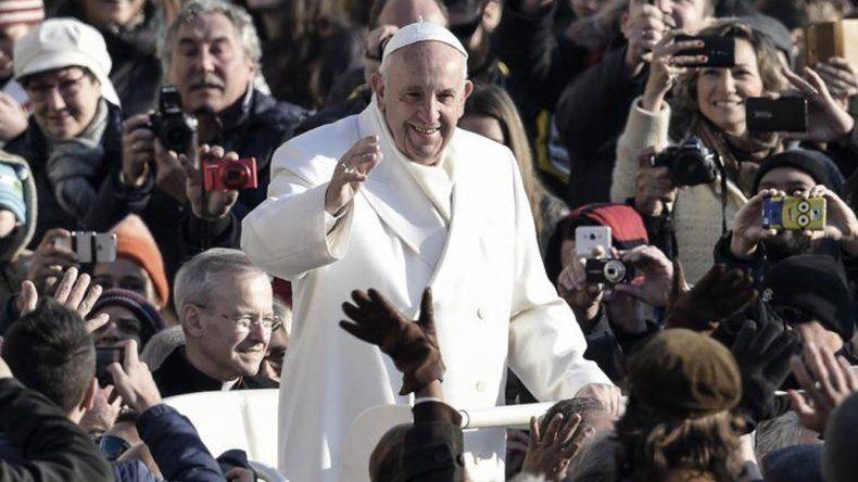 Más de 40.000 personas acompañaron a Francisco en su celebración.