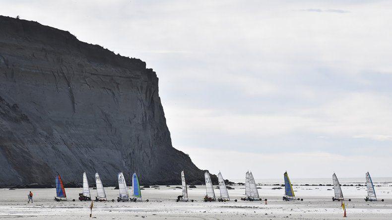 Tanto sábado como domingo la actividad en arena de la villa balnearia se vivió a pleno.