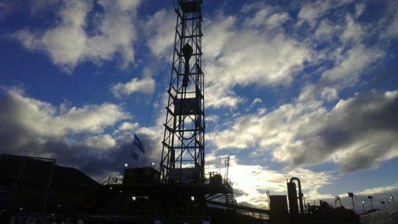 Los petroleros reclaman a las empresas que cumplan con el acuerdo de paz social