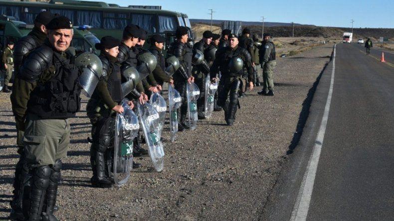 Arribarán 700 gendarmes a Chubut para colaborar con la Policía