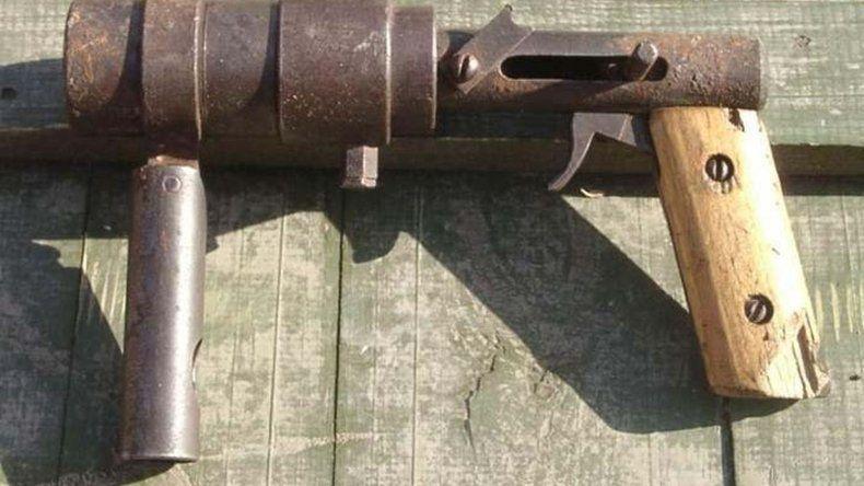 Lo detienen con una tumbera  y un revólver 22 en Kilómetro 8