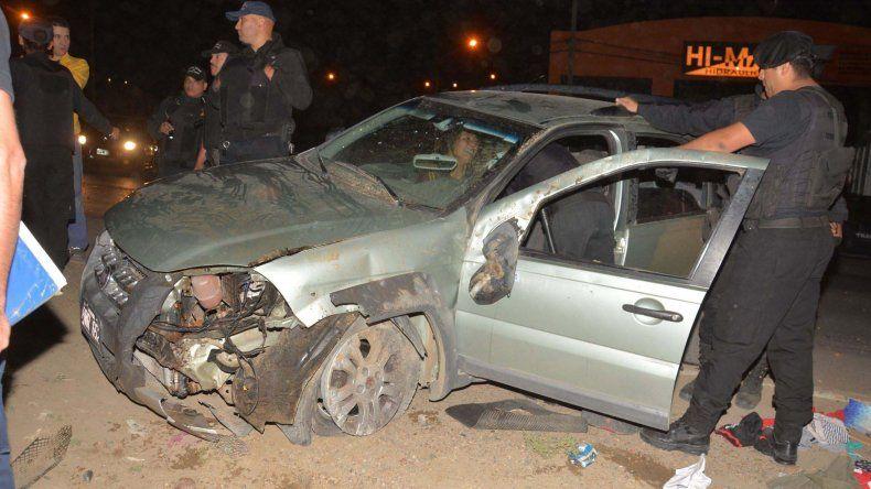 La conductora del Fiat Palio se negaba a salir del interior del vehículo