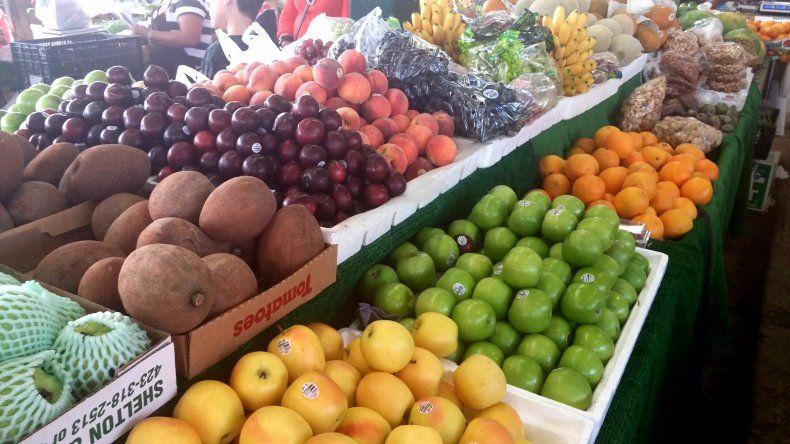 Advierten baja en la venta mayorista de frutas y verduras