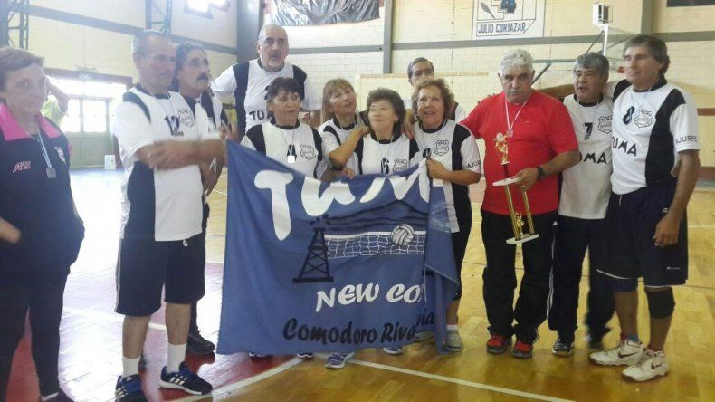 Dos equipos de Comodoro en el podio del Patagónico de Newcom