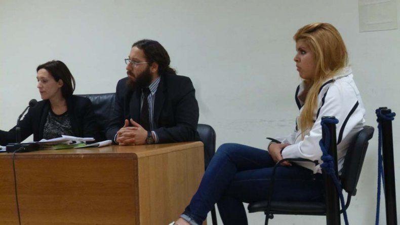 A Micaela Riofrío sólo le dictan que se presente cada siete días en la Justicia