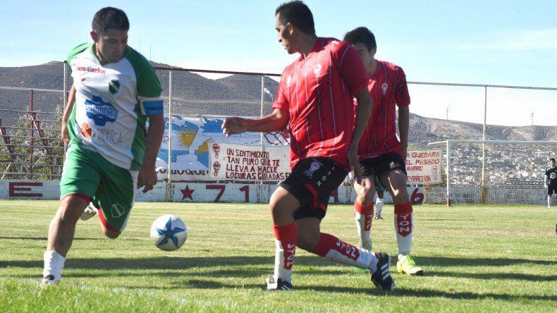 Petroquímica viene de perder como visitante 3-1 ante el líder Huracán.