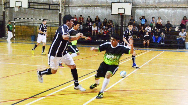 El fútbol de salón oficial tendrá tres días de plena actividad en Comodoro Rivadavia.