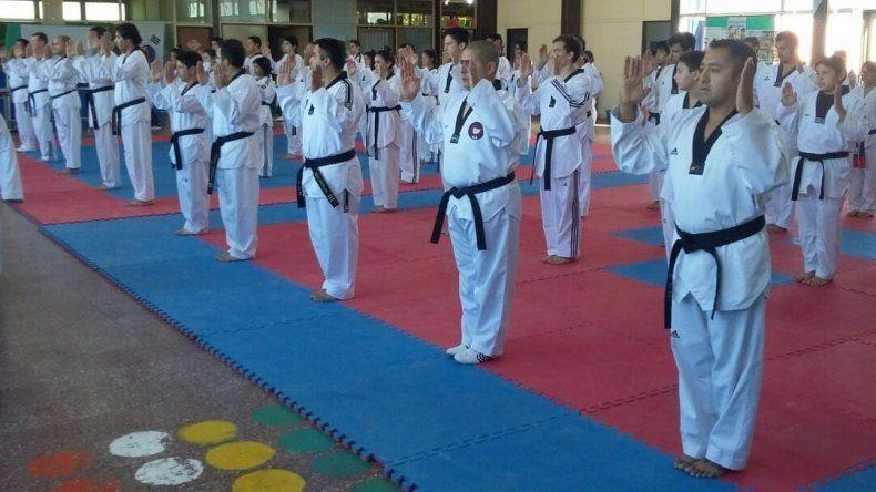 Capacitaron a profesores de taekwondo en Comodoro