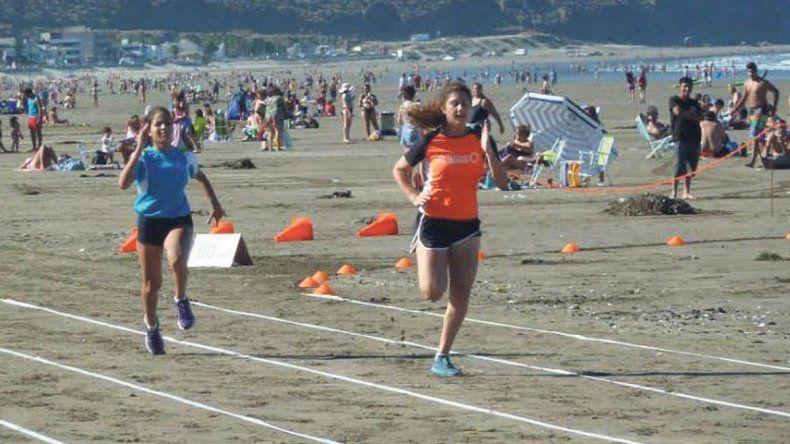 Rada Tilly ha realizado competencias de atletismo en diferentes escenarios y ahora será en el hipódromo.