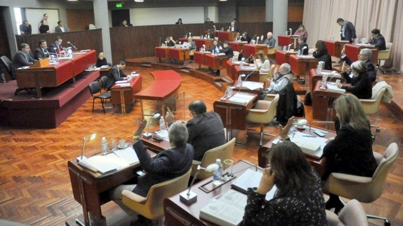 En la Legislatura tomaron estado parlamentario los tres vetos definidos por el gobernador