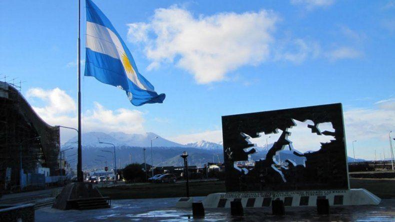 Excluyen a estudiantes argentinos de un concurso para conocer Malvinas