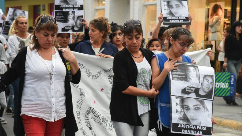 La marcha en pedido de justicia por Daniela Farías recorrió las calles céntricas.